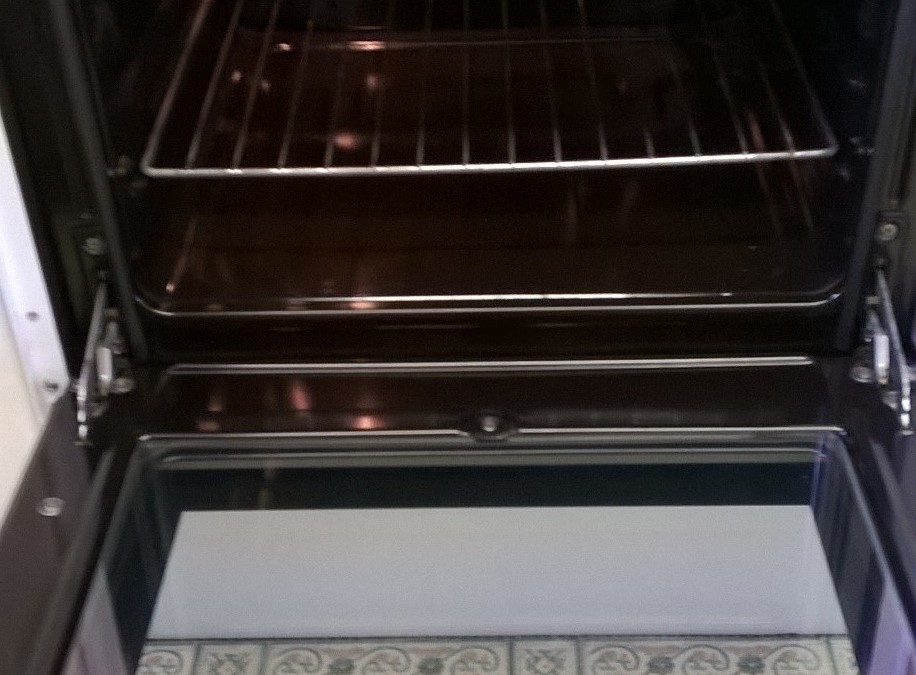 Oven Cleaning In Wootton Bedford
